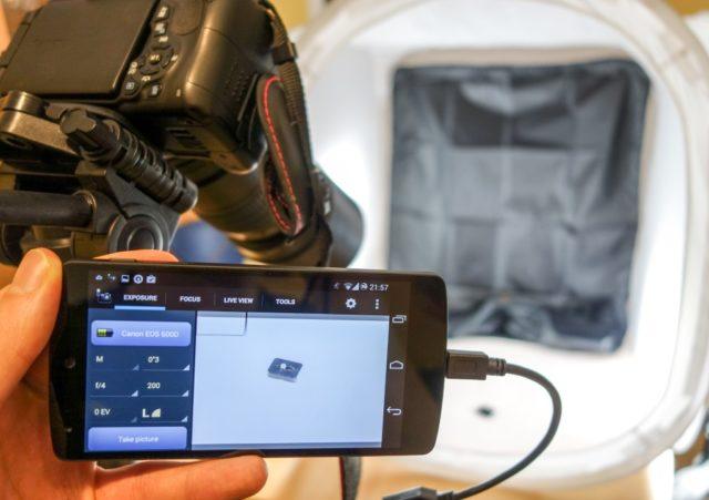 Mit der richtigen App und einem USB-OTG-Kabel wird Euer Smartphone zum vielseitigen Fernauslöser oder perfekten Fotomonitor