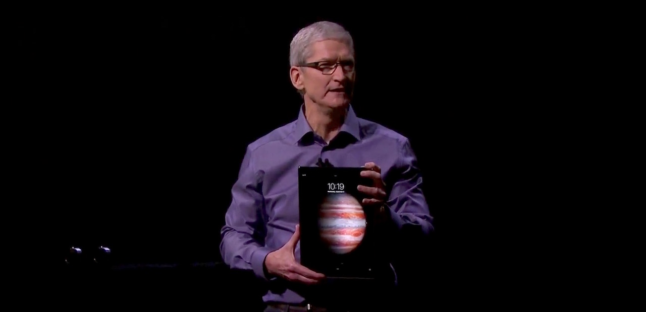 Tim_Cook_iPadPro