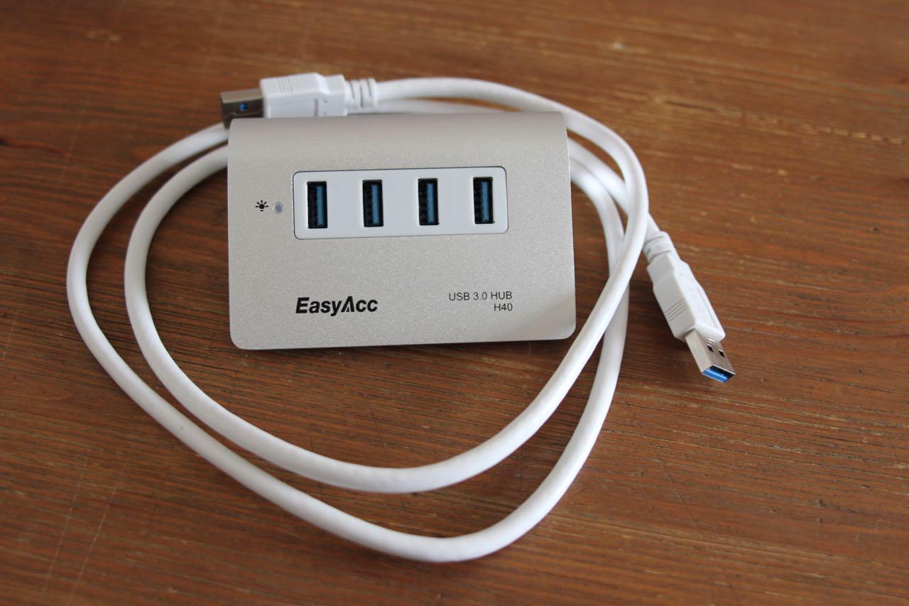 EasyAcc_USB-Hub - 2
