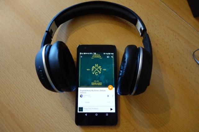 Der Magnat LZR 588 verspricht kabellosen Musikgenuss - und kann das auch halten
