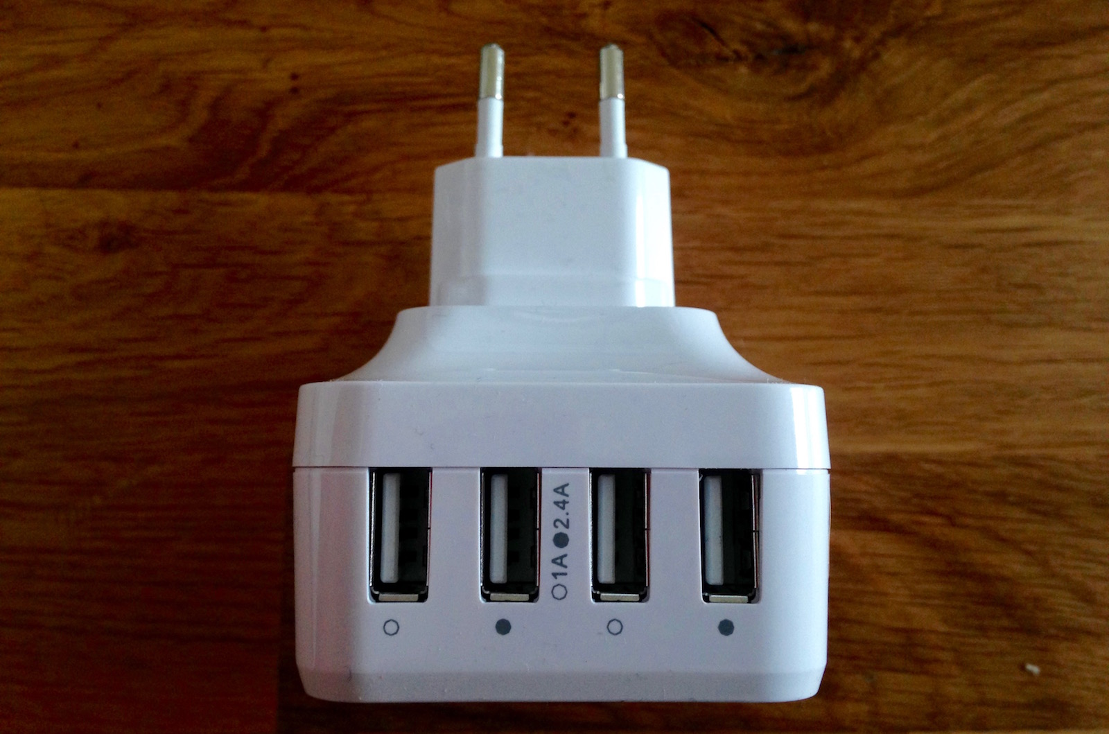 Syncwire_Quickcharger_2