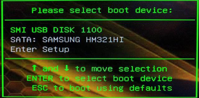 Ihr müsst Euren PC auf das Booten vom USB-Stick umstellen