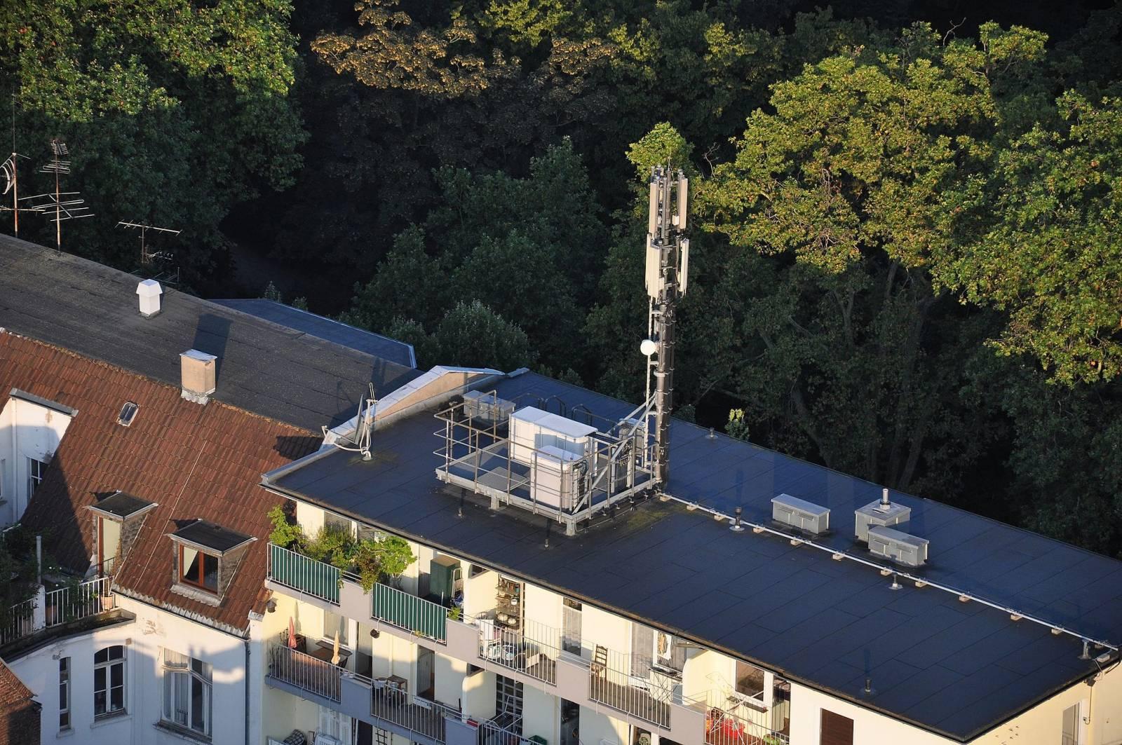Mobilfunkmast (Quelle: Atamari / Wikimedia)