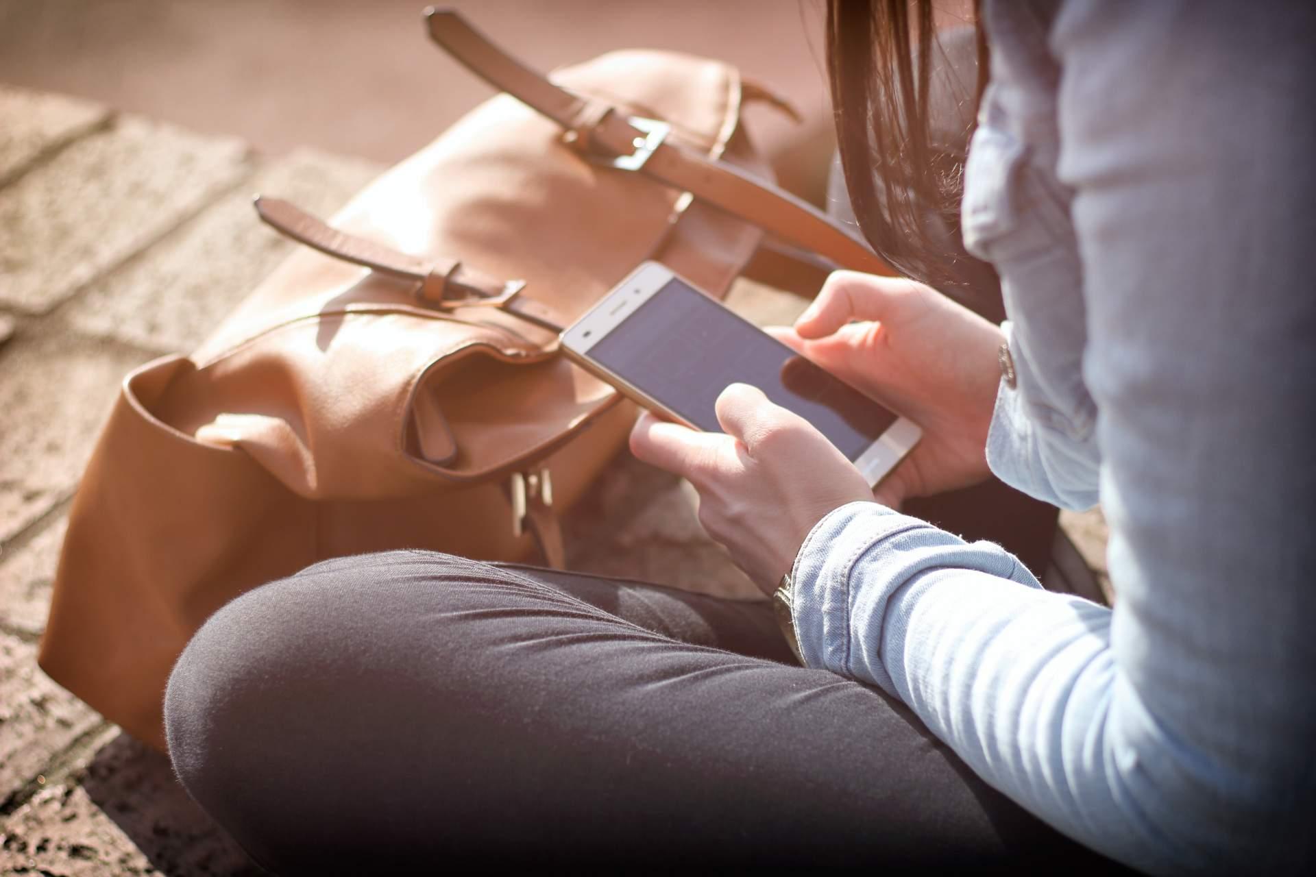 Wer länger im Ausland ist, muss aufpassen. (Bild: Pexels.com)