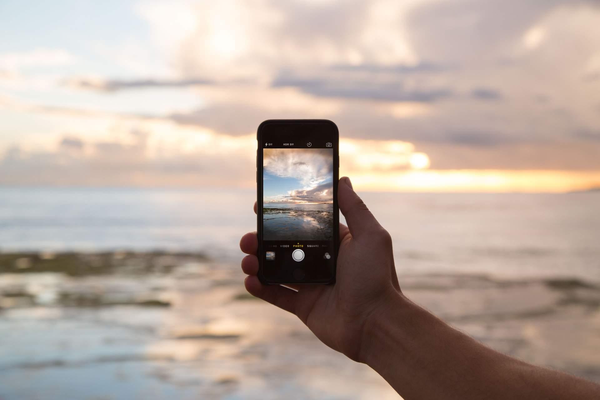 Das Smartphone: Überall dabei, sofort einsatzbereit. (Bild: Pexels.com)