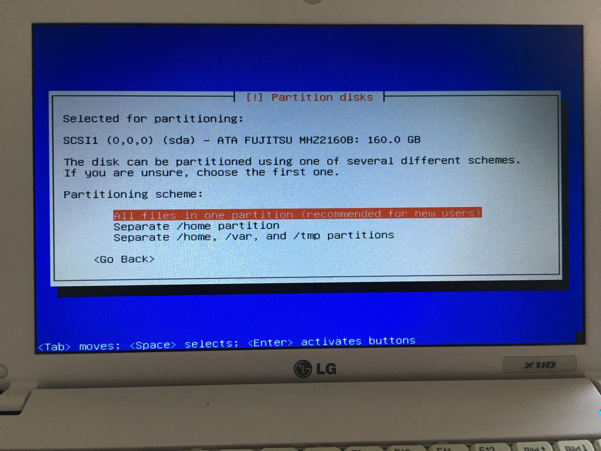 Nun müsst Ihr noch die Festplatte partitionieren. Ihr könnt dabei die Voreinstellungen übernehmen.
