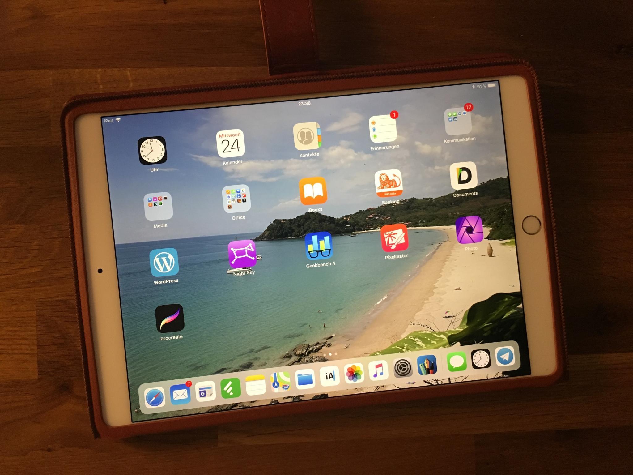 """Das iPad Pro 10,5"""" ist leicht und handlich – ein klarer Vorteil!"""