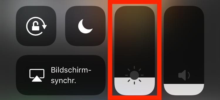 Ein heller Bildschirm ist ein echter Stromfresser.