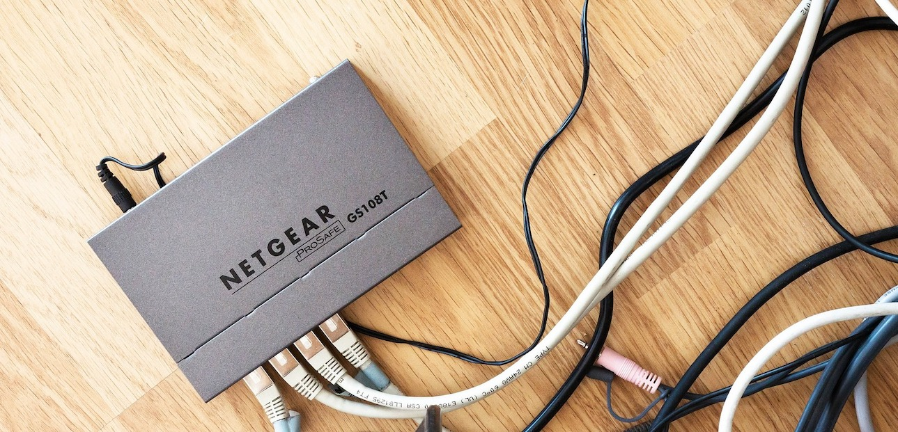 Wenn der Router spinnt, gibt es einen einfachen Trick. (Bild: stux/Pixabay)