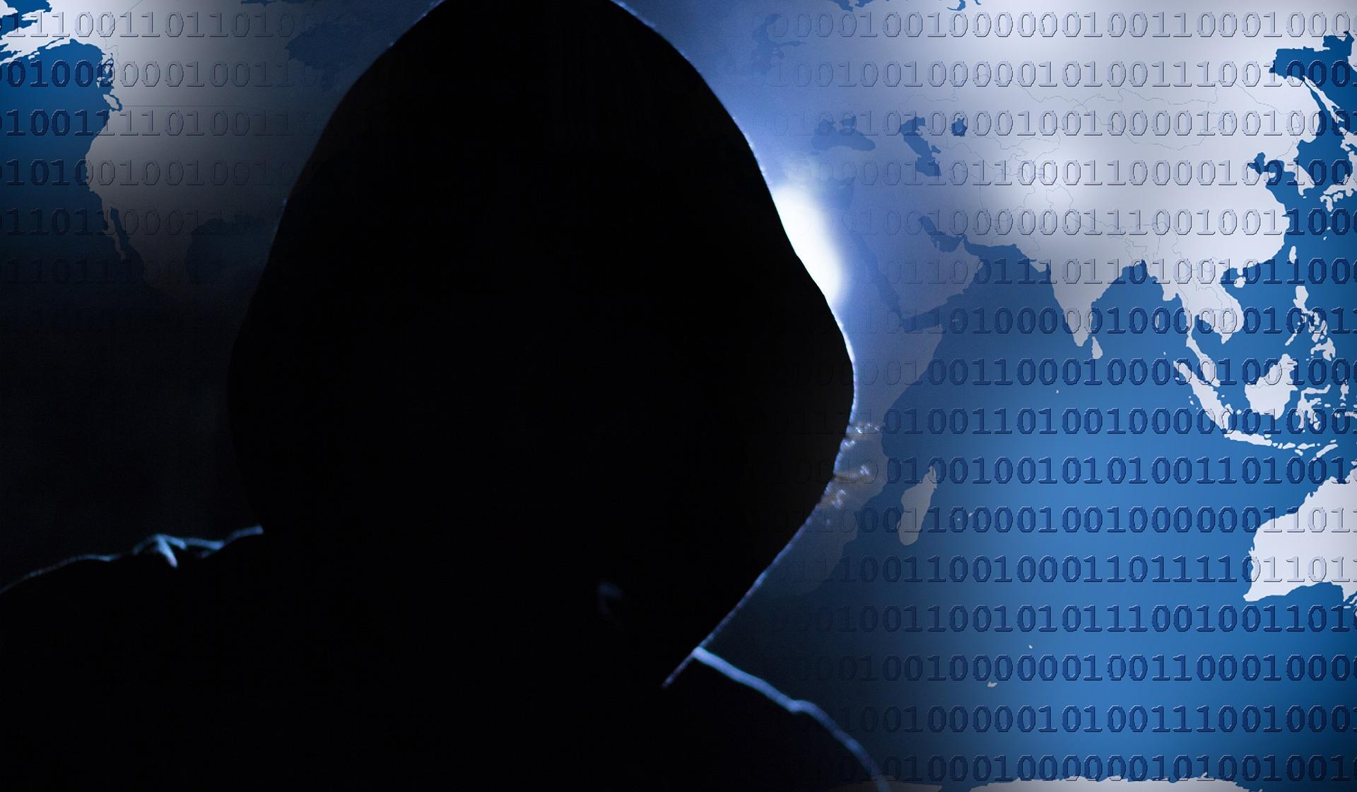 Beliebte Darstellung des Hackers. Meist liegt der Fehler aber beim Nutzer. (Bild: TheDigitalArtist/Pixabay)