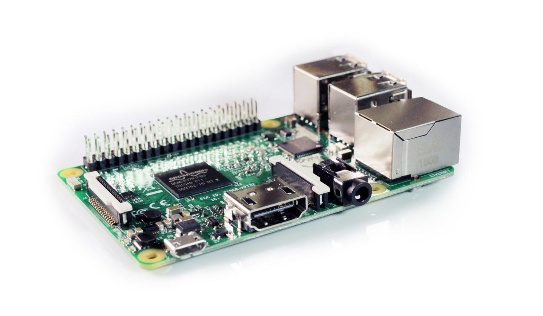 Ein Raspberry Pi 3 sollte es schon sein (Bild: BenjaminNelan/Pixabay)